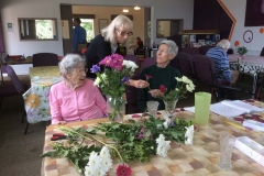 Flower-Arranging-4